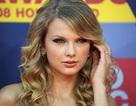 """Taylor Swift không bao giờ mặc đồ """"mát mẻ"""""""