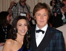 Paul McCartney đính hôn ở tuổi 68