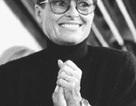 Nhà tạo mẫu nổi tiếng Liz Claiborne qua đời