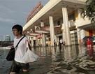 Cửa ngõ phía Nam Hà Nội vẫn chìm trong nước