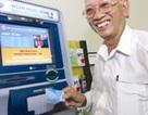 Hà Nội thí điểm trả lương hưu qua thẻ ATM