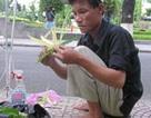 """Những người bán hàng """"lạ"""" nhất Sài Gòn"""