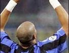 Inter chuẩn bị phạt Adriano, Cassano trở lại đội hình Real