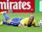 """Tuyển thủ Brazil từng """"vượt rào"""" chơi đêm tại World Cup"""