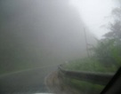 Chùm ảnh: Ngược Cầu Treo mùa sương mù