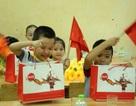 Coca - Cola Việt Nam tặng bàn ghế, học bổng cho học sinh đầu năm học