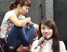 Hà Trần mặt mộc luyện hát cùng Idol Nhật Thủy