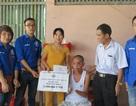Người Việt ở Đài Loan tặng quà đến những hoàn cảnh khó khăn ở Nghệ An