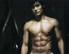 """""""Bão"""" scandal gây """"tổn thương"""" hình ảnh thần tượng xứ Hàn"""