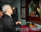 Tổng Bí thư Nguyễn Phú Trọng dâng hương tưởng nhớ Chủ tịch Hồ Chí Minh