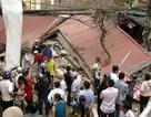 Nhà 3 tầng sập hoàn toàn, 4 người may mắn thoát chết