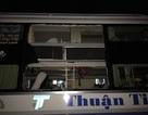 Xác định được nhóm đối tượng ném đá xe khách khiến 5 người bị thương