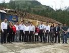 Hơn 1000m2 tấm lợp giúp người dân Mường Khương đẩy lùi mưa đá
