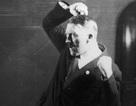 """Ảnh """"độc"""" về sự tức cười của Hitler"""
