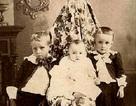 """Cách hóa trang """"khó tưởng"""" của các bà mẹ trong những tấm ảnh cổ"""