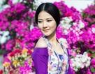 Hoa hậu Trần Thị Quỳnh đẹp kiều diễm giữa vườn hoa xuân