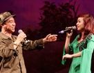 Nhà hát Tuổi trẻ hát phục vụ Trường Sa