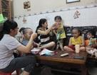 Người phụ nữ sinh 5 đầu tiên ở Việt Nam chia sẻ hành trình nuôi con