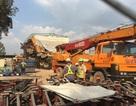 Sập cần cẩu trên công trình Metro Bến Thành - Suối Tiên