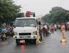 Hai cô gái trẻ chết thảm dưới gầm xe tải