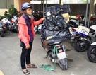 Bắt đối tượng vận chuyển hàng nghìn gói thuốc lá lậu bằng xe máy
