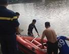 Tìm thấy thi thể 2 mẹ con nhảy sông quyên sinh