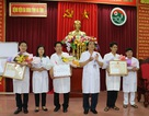 3 bác sỹ hiến máu cứu người nhận Bằng khen của Bộ trưởng