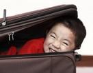 Giấu em bé vào hành lý để lén mang lên máy bay