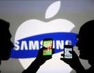 """Sụt giảm doanh số, Samsung và Apple vẫn """"thống trị"""" thị trường smartphone"""