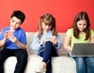 """Clip cho thấy thực trạng """"sốc"""" khi trẻ em quá nghiện thiết bị di động"""