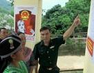 Đồng bào dân tộc chuẩn bị cho ngày bầu cử