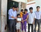 Gần 25 triệu đồng tiếp tục đến với gia đình chị Nguyễn Thị Tình