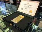 Cận cảnh iPhone 6 phiên bản chế tác vàng Clous de Paris