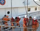 6 ngư dân trôi dạt trên biển 3 ngày được đưa vào bờ an toàn
