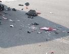 Hai thanh niên chết thảm dưới bánh xe tải