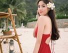 Hoa hậu Kỳ Duyên điệu đà dạo biển