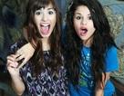 Selena Gomez ngọt ngào chúc mừng sinh nhật Demi Lovato