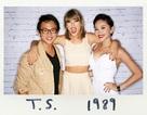 Tóc Tiên thân thiết với Taylor Swift