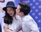 """Ốc Thanh Vân nhắm mắt khi bị Trường Giang """"cưỡng hôn"""""""