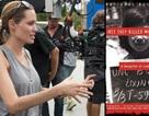Angelina Jolie và Brad Pitt vui vẻ mua sắm tại chợ đêm Campuchia