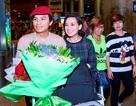 Phi Nhung lái xe ra sân bay đón Mạnh Quỳnh