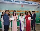 20 sinh viên ĐH Ngoại thương nhận học bổng Dongbu
