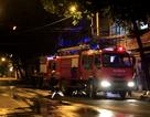Cháy khách sạn cao tầng, 5 người bị ngạt khói