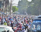 Hàng chục CSGT toát mồ hôi giải phóng vụ kẹt xe kinh hoàng