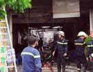 Tìm kiếm 2 người mất tích trong đám cháy lớn ở quán lẩu