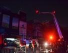Cháy studio ảnh cưới, cả khu phố hốt hoảng