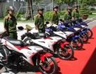 Công an TPHCM tiếp nhận 100 xe mô tô phục vụ săn bắt cướp