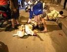 """Cảnh sát giao thông bị """"quái xế"""" đạp ngã xe, chấn thương"""