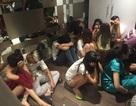 Hàng chục nam nữ phê ma túy, hút cỏ Mỹ trong khách sạn