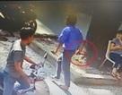 Tài xế xe buýt rút dao đâm người sau va chạm giao thông